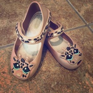 Other - Host Pick 🎉 Mini Melissa giraffe shoes